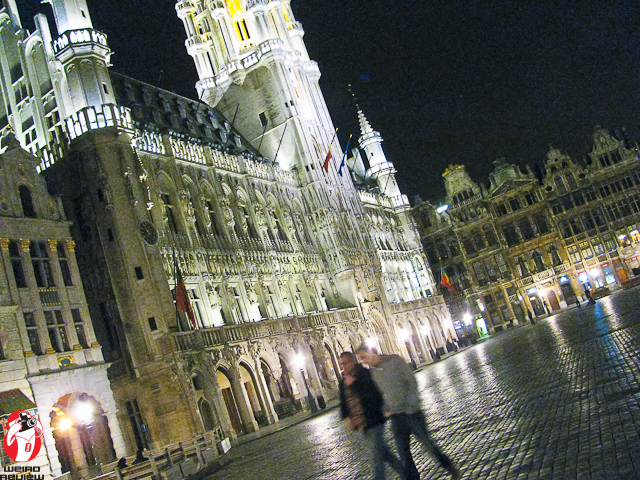 Brussels' Grand Place at night
