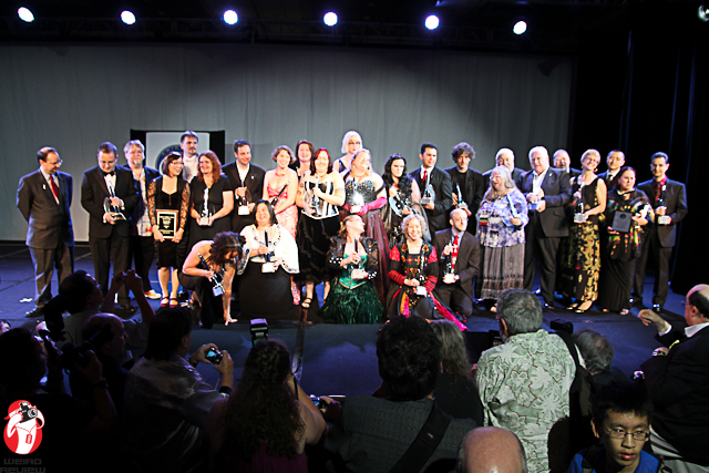 The 2012 Hugo Winners pose for a group photo