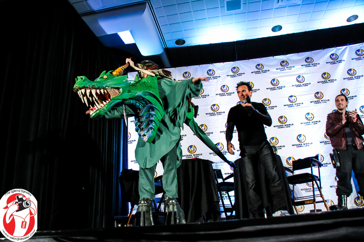 Jason David Frank admiring the Dragon Rider Cosplay at Wizard World Chicago