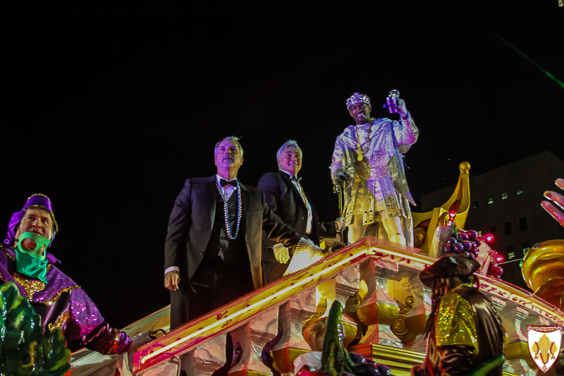 2016 King Bacchus - Anthony Mackie toasts New Orleans Mayor at Gallier Hall